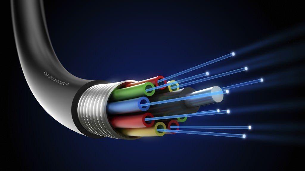 Resultado de imagen para fiber optics speed