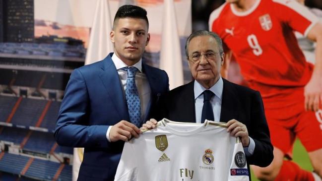 Presentan a serbio Luka Jovic como nuevo jugador del Real Madrid