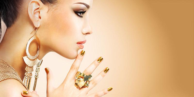 Resultado de imagen para jewelry woman