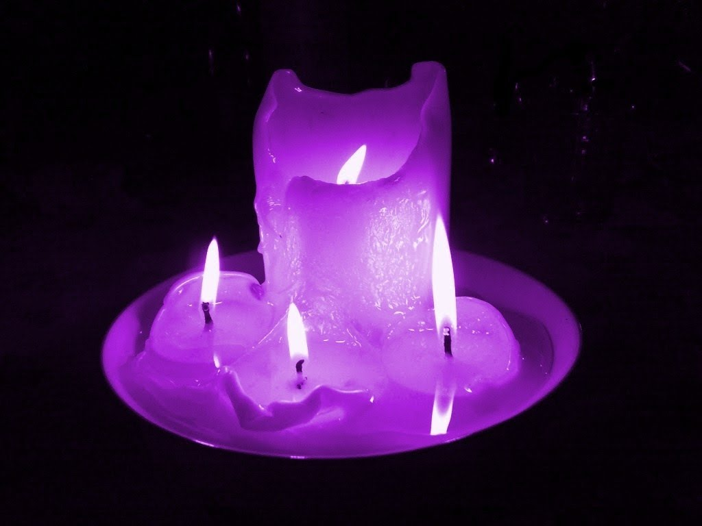 Resultado de imagen para velas moradas