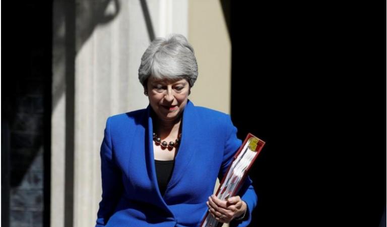 Theresa May se despide tras última sesión como primera ministra británica