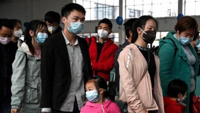 Wuhan retoma la normalidad, con restricciones, con ciertas medidas, pero el contagio del coronavirus está controlado y hasta el mismo Xi JInping recorrió las calles de la ciudad para demostrar que están listos para iniciar de nuevo