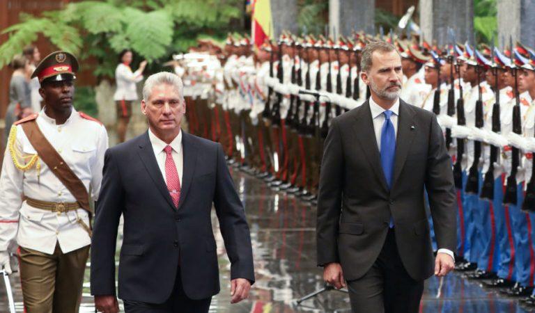 El rey Felipe VI aboga por la democracia desde Cuba