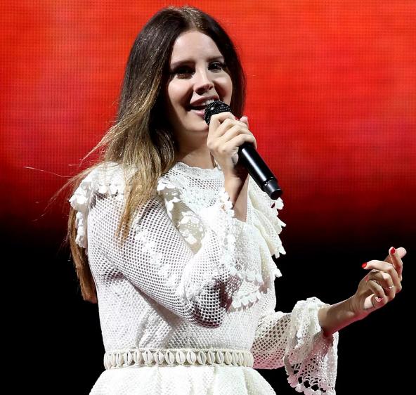 Lana Del Rey Habla Sobre Su Novio Sean Sticks Larkin Notiboom Noticias Al Momento