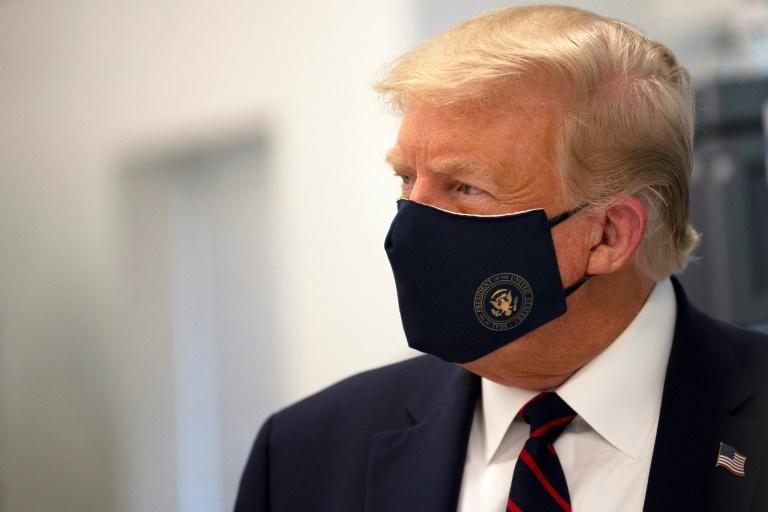 Trump da negativo al covid